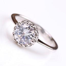 Venta caliente de la manera de la boda anillos de la corona para las mujeres simulado tamaño de la joyería del dedo del diamante 6 7 8 9 envío de la gota RING-0104 desde fabricantes