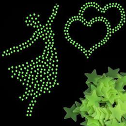 статические настенные наклейки Скидка Звезды светятся в темноте Светящиеся флуоресцентные пластиковые наклейки на стену, Желая звезд Светящиеся наклейки, светящиеся звезды наклейки Детские игрушки