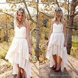 Wholesale Chiffon Wedding Dress Layers - 2017 Country High Low Wedding Dresses Sweetheart Ruched Sleeveless Layers Tiered Skirt Short Beach Wedding Dress Hi Lo Bridal Gowns Sash