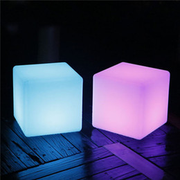Wholesale Led Cube Tables - RGB rechargeable led illuminated cube chair 40*40*40CM pub plastic table with remote control
