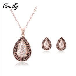 Wholesale Earrings Charming Drop Golden - Water Drop Pendant Necklaces Sets Austrian Crystal Jewelry Set Necklace and Earrings Women Crystal Charms Necklace For Party
