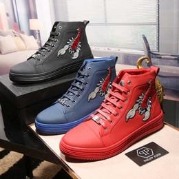 Wholesale Mens Hip Hop Shoes - top quality embroidery scorpion leather shoes mens hip hop shoes casual high top sneakers designer luxury brand footwear tenis masculino