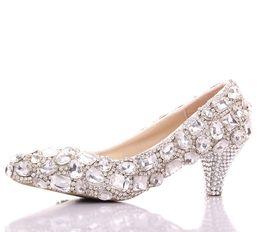 Argentina Primavera lujosos zapatos de boda de diamantes de imitación de ambos lados grandes zapatos de dama de honor de cristal zapatos de baile de graduación de baile de promoción Señora formal talón medio zapatos supplier rhinestone shoes for prom Suministro