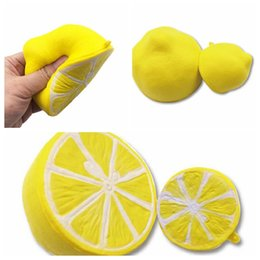 Wholesale half pendants - Novelty Half Lemon Fruit Squishy Super Jumbo Scented Slow Rising pendant Lemon Squeeze Lemon Squeeze Gift LJJK827