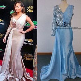 Wholesale One Sleeve Sequin - 2015 New Mermaid Celebrity Dresses Adrienne Bailon One Sleeve V Neck Sequins Beaded Court Train Real Photos Evening Gowns