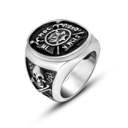 Wholesale Pirate Captain Ring - The Ring man The European And American Style Restoring Ancient Ways Punk Titanium Steel Skeleton Pirate Captain Creative Tothe Accessories