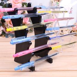 Estante de líquidos online-Pen Display Stand Plastic 6 Booths Pen Holder ecig Display Stand e-Liquid Holder Jewelry Display Stand Pen Almacenamiento Rack Shelf