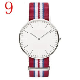Wholesale Couple W - Famous Brand Rose Gold nylon Lovers Fashion Brand Watch For man Luxury D W Watch For Woman Couple Shock Dress Casual Wristwatch