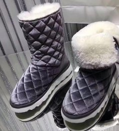 Wholesale Light Weight Cotton Fabric - 2017 winter Womens logo Appliques black pink velvet Light weight warm Shearling fur lining pull on short snow Boots