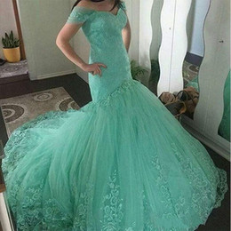 Wholesale mint mermaid tulle prom dress - Charming Mermaid Lace Evening Dresses Applique Off Shoulder Tulle Mint Green 2018 Long Party Dress Prom Formal Pageant Celebrity Gowns