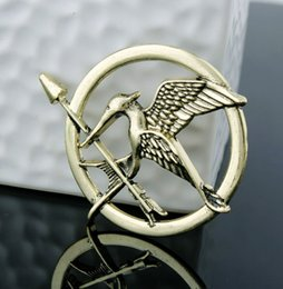 Wholesale Animal Party Games - The Hunger Games Brooches Inspired Mocking jay And Arrow Brooches Pin Corsage Promotion!New Arrival European Hot Movie For Women And Men