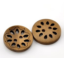 trous de bois Promotion Bouton de couture en bois Scrapbooking Round Coffee 2 trous Hollow Flower Hollow Pattern 23.0mm (7/8