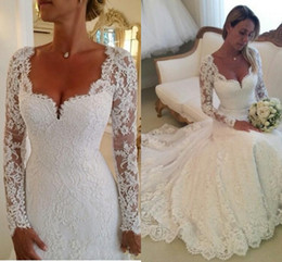 Wholesale fully dress - 2018 Vestidos De Noiva Long Sleeves Lace Sheath Wedding Dresses V neck Appiqued Formal Bridal Gowns Winter Fully Lined Wedding Dress
