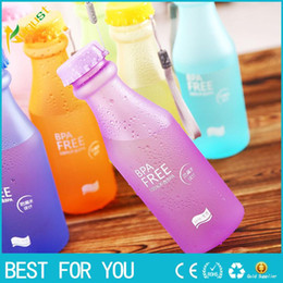 2019 garrafas de água em forma de animais Moda Colorido 550 ml Unbreakable Fosco à prova de Vazamento de Plástico Chaleira Portátil Garrafa De Água para Viagem Correndo Camping
