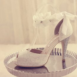 Wholesale bridal lace shoes ladies - Peep-toe Lady Formal Dress Women High-heeled Shoes Beautiful White Lace Wedding Bridal Party Prom Shoes Pageant Pumps