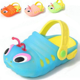 Wholesale Slipper Caterpillar - Wholesale-Children's summer explosion models male and female baby caterpillar skid slippers at home sandals and slippers beach shoes