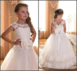 Wholesale Satin Bow Wedding Dress - 2016 Cute Flower Girl Dresses for Junior Bridesmaid Vintage Lace Princess Lace up Back with Satin Bow Kids Communion Gowns CPS292