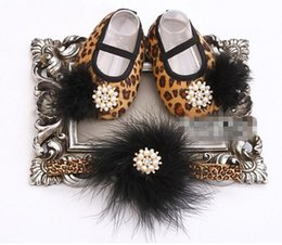 Wholesale Leopard Shoes For Babies - 6%off!2015hot sale!Leopard Baby Moccasins Feather Headbands Set,Diamond Baby Boots,Sapato Bebe,Animal Girls Shoes,Accessories for Hair,2set
