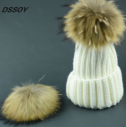 Wholesale Golf Gifts For Men - Quality Cable Knitted Acrylic Beanies Real Racoon Dog Fur Ball For Adults Mens Womens Winter Hip Hop Pom Hats Head Ears Warmer Snow Cap Gift