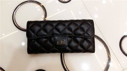 Wholesale Diamond Long Dresses - High quality European American genuine leather wallet hasp zipper design women vogue criss-cross diamond lattice wallets