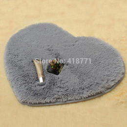 Wholesale Fluffy Rugs - 40*50cm Carpet Heart Shaped Chenille Fluffy Bedroom Rug Living Room Coffee Table Wool Carpet Heart Mats Carpet Floor Bath Mat