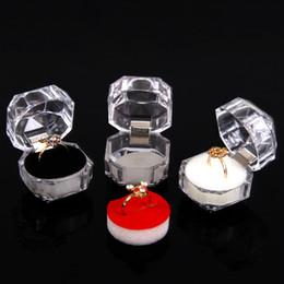 Bague de rose en plastique en Ligne-En gros 40 Clear View en plastique Anneau Vitrine Boîte à bijoux Rembourrage Blanc / Noir / Rose