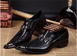 Wholesale Top Mens Dress Shoes - Top Brand Italian Shoes For Men Sapato Oxford Feminino Men Formal Shoes Mens Dress Shoes Genuine Leather Oxford Shoes For Men