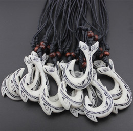 Wholesale Maori Necklaces - Handmade Ethnic tribal Wholesale 12pcs Imitation yak bone Maori fish hook pendant wooden beads adjustable hemp necklace
