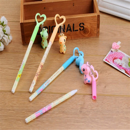 Wholesale Giraffe Pens - Fashionable 120pcs lot Black Refill Giraffe Smooth Gel Ink Pen Mix Styles Pens Stationery Office School Supplies #GP059