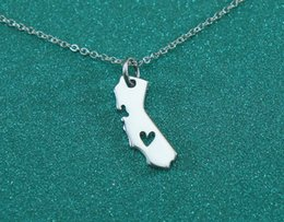Wholesale Personalized Heart Charms - 1pc Gold and Silver Personalized CA State Necklace With A Heart California State Charm Necklace CA State Shaped Necklace for Women XL189