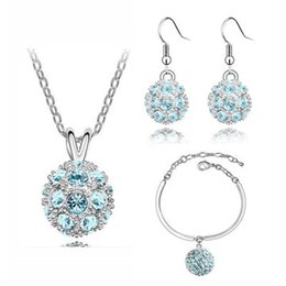 Wholesale silver jewellry sets - New Luxury fully-jewelled Pendant Necklace Jewelry Sets Austria Zircon Crystal Necklace+Earrings+Bracelet Jewelry Set Diamond Women Jewellry