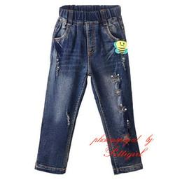 Calças de brim bonitos das meninas on-line-Pettigirl Chegada Nova Meninas Jeans Casuais Com Bonito Abelha Padrão Outono Calças Crianças Atacado Roupas Crianças PT81016-2