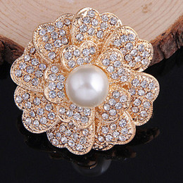 Wholesale Elegant Cream Dresses - Hot Fashion Women Crystal Flower Gold Brooch 100% Good Quality Cream Pearl Flower Brooch Pins For Wedding Elegant Dress Bridal Breastpin