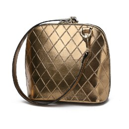 Wholesale Wave Handbag - Wholesale-women 2015 new wave fashion diamond Plaid Messenger bag shoulder shell Pack small mini bag handbags gold messenger bag