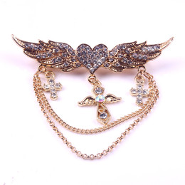 Wholesale Collar Clip Vintage - Vintage Statement Angel Wings Heart-shaped Cross Gold Tone Chain Cross Coat Clip Collar Bar Stylish for Any Occasion