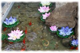 acqua fluttuante artificiale di loto Sconti 10 cm di diametro bellissimo fiore di loto artificiale fiori d'acqua galleggianti per l'ornamento di Natale decorazione della festa nuziale forniture