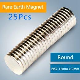 aimants super forts n52 Promotion 25Pcs 12mm x 2mm Argent N52 Forte Aimants Mini Argent En Vrac Super Rond Disque Terre Rare Néodyme Aimant commander $ 18aucun morceau
