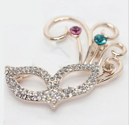 Wholesale Mask Brooches - New Arrival Crystal Rhinestoe golden tone Colour crystal mask Brooch pins Rhinestone Accessories for Woman Cute jewelry Express Free
