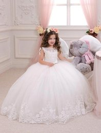 Wholesale Girls Vintage Bridesmaid Dresses - Lovely Princess Flower Girl Dresses Ball Gowns 2017 Vintage Lace Jewel Neck Junior Bridesmaid Gowns Floor Length Child Pageant Dress BA1484