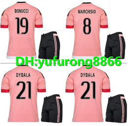 Jersey 17 kit online-15 16 Juventus Maglia da calcio kit 2015 2016 juve 7 RONALDO 9 HIGUAIN 10 DYBALA 11 D. Costa 17 MANDZUKIC 1 BUFFON Maglia da calcio uniformi
