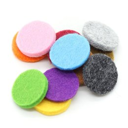 Wholesale Oil Diffuse - Colorful 23MM Felt Pads for 30mm Aromatherapy diffuser Essential Oil Diffusing Perfume Locket Pendant Floating Locket