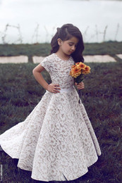 Wholesale Luxury Graduation - 2016 New Luxury Short Sleeves Lace Flower Girl Dresses A Line Floor Length Girls Pageant Dresses