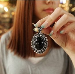 Wholesale Oval Link Chain Wholesale - necklaces Vintage Antique Silver Plated Pendant Jewelry Women New Fashion Black Oval Acrylic Alloy Long Chain Sweater Neckalce SN162