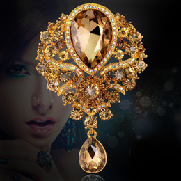 Wholesale Gold Broaches - Big Crystal Waterdrop 18k Gold plated Drop Brooch Exquisite Big Diamante Rhinestones Jewelry Brooch Large Crystal Women Glass Broach 6 Color