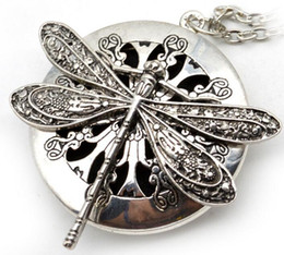 Wholesale aromatherapy oils wholesalers - 5pcs Dragonfly Design Lockets Vintage Essential Oil Diffuser Necklace Aromatherapy Lockets Pendant For Christmas Gift EXL405