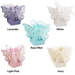 Wholesale Bridal Paper Gift Bags - 20pcs Butterfly Laser Cut Favor Candy Box with Ribbons Bridal Shower Wedding Party Gifts Bags 5 Color Avaliable
