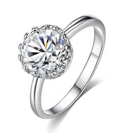 Europa e o anel de diamante feminino simples retro coroa anel de Fornecedores de anéis de ouro branco baratos