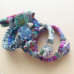Wholesale Cotton Anniversary Gift - Cotton Wristband 5Pcs National Bracelets 5Pcs 20mm Pretty Crystal Noosa Buttons DIY Interchangeable Jewelry Fashion Gift 10pcs Lot F348E