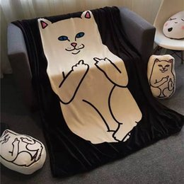 Ropa de cama de coral online-RipNDip Manta Dedo medio Gatos Mantas impresas Manta de baño Súper Suave Mantas de lana en la cama Manta de sofá 150 * 200 cm