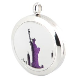 Wholesale american liberty - New Arrive Statue of Liberty Aromatherapy Essential Oil surgical Stainless Steel Perfume Diffuser Locket Necklace with chain and pads